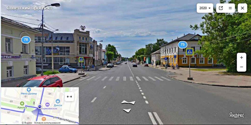 Пешеходный переход на Советском проспекте в Череповце за которым обычно прячется инспектор ГИБДД